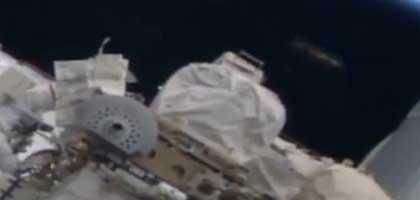 FÖLDÖNKÍVÜLI ŰRHAJÓRÓL FIGYELTÉK AZ ISS JAVÍTÁSÁT?