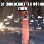 LESZAKADT EGY EMBEREKKEL TELI KÖRHINTA KÍNÁBAN – VIDEÓ